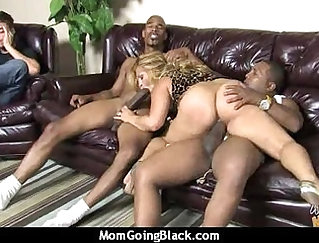 Black cock hoover mature mom pushes it deep right into Jayden