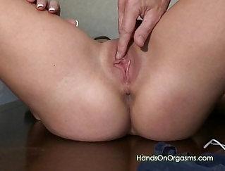 BBWkittie and commander toying to orgasm