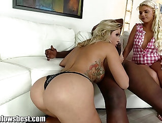 Blonde MILF banging on the floor with bbc