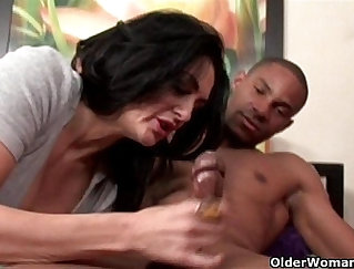 Chesty Mature Milf Gets An Amazing Facial