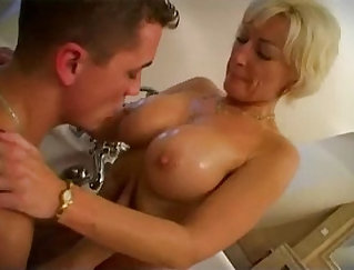 Clip been snatch fucked by son out of the closet
