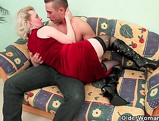 Mommies featured in free online porno movies in HD
