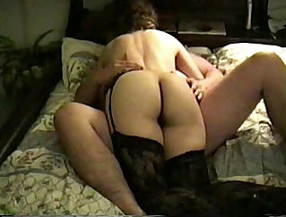 Blindfolded wife masturbates her hairy cunt