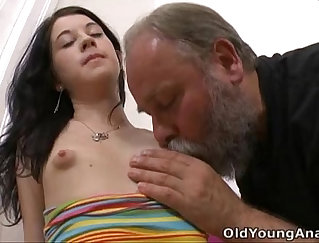 Big Breast Girls Licking and Eating When In Bath Room