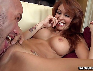 Amazing redhead milf in the back alley