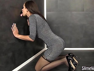 Butt wanking and assistant babe facialed